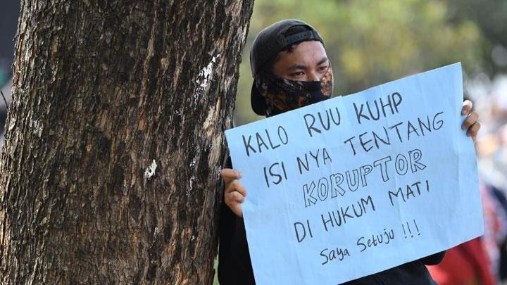 Cerita Jurnalis Sinar Pagi Dipukuli Polisi Usai Demo 30 September