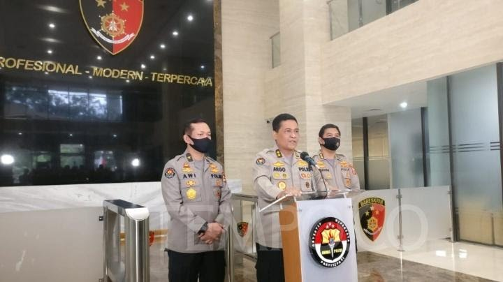6 Jenazah Anggota FPI Dibawa ke RS Polri, TNI - Polri Lakukan Penjagaan Ketat